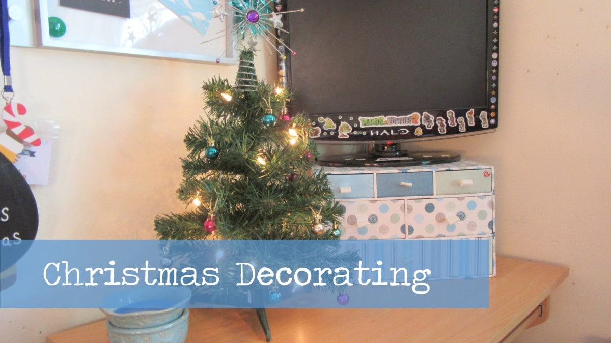 Blogmas Day 22 // Christmas Decorating