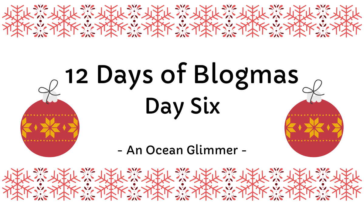 12 Days of Blogmas #6 // Christmas Spirit